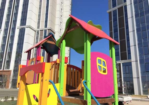 Çift Kuleli Çocuk Oyun Grubu
